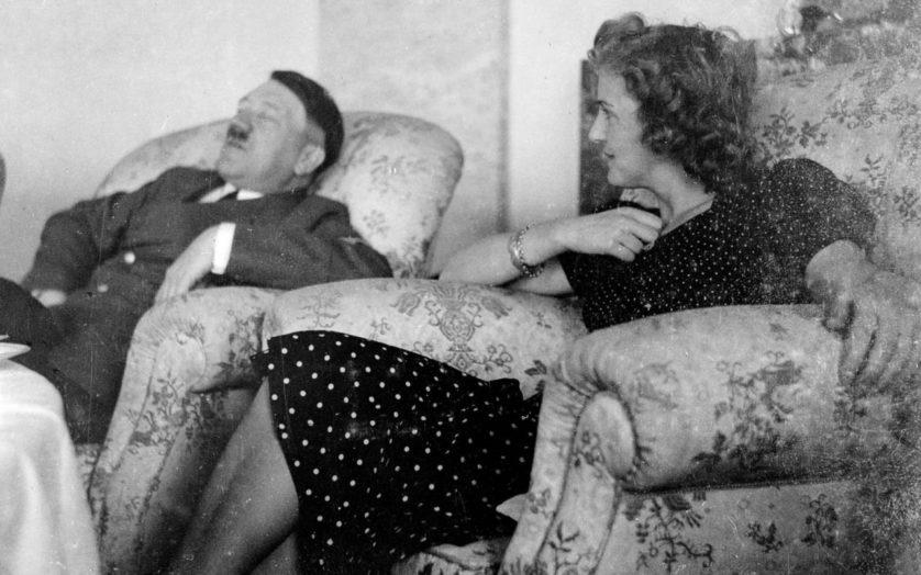 Hitler ao lado de Eva Braun