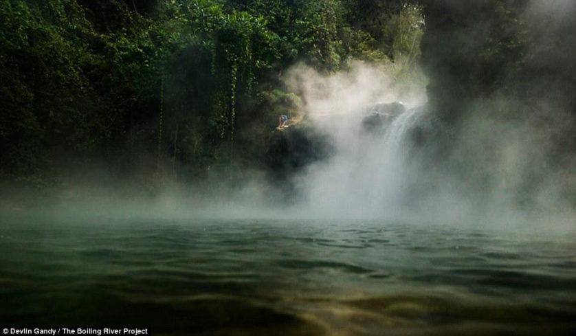rio agua fervente peru (1)