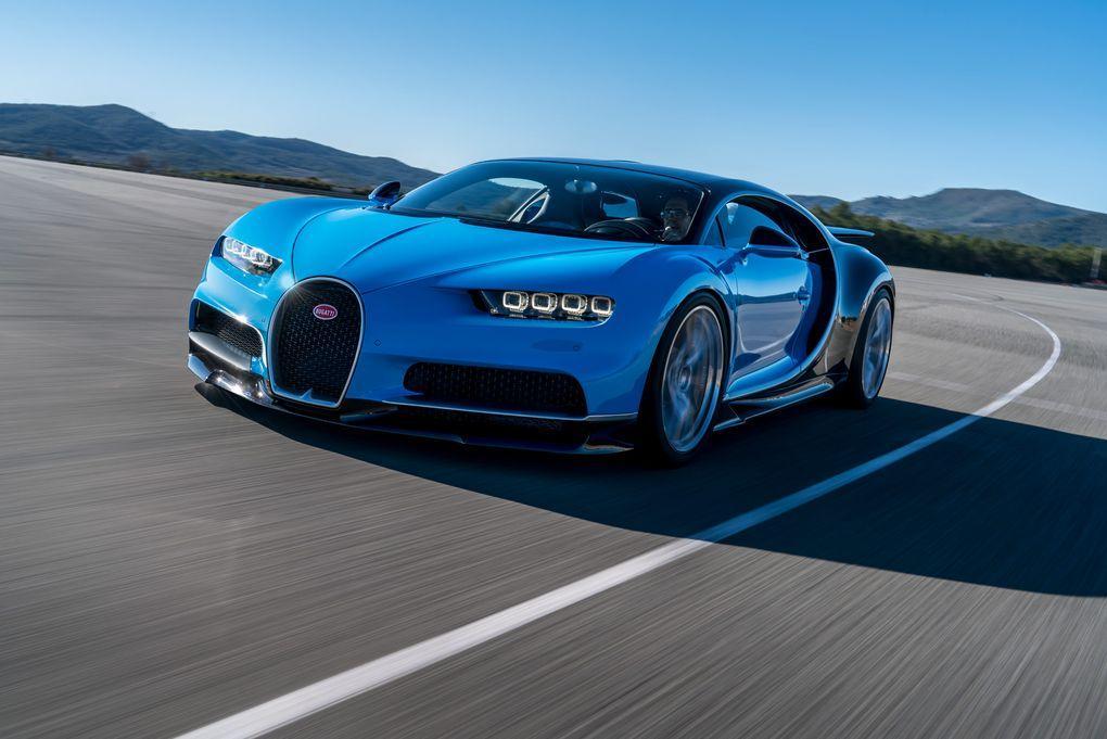 conhe a o bugatti chiron o carro mais veloz do mundo. Black Bedroom Furniture Sets. Home Design Ideas