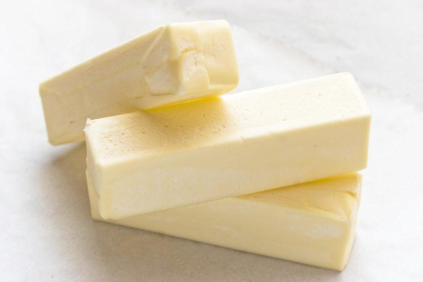 Um lanche popular entre os corredores é uma barra de manteiga pura