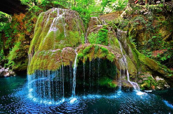 as 10 cachoeiras mais bizarras romenia