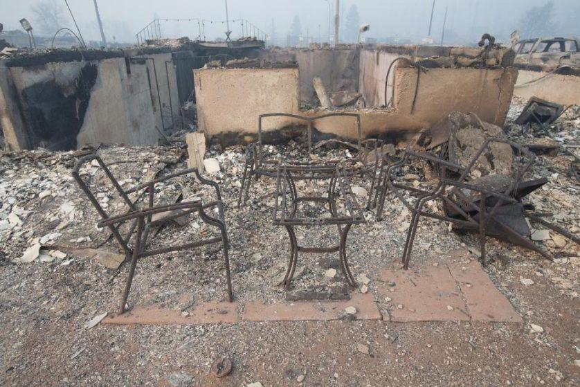 imagens-fantasmagoricas-feitas-depois-do-incendio-florestal-no-canada-5