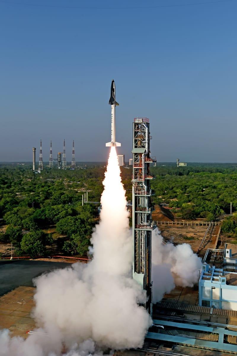 onibus espacial india 7