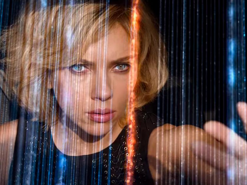 """O filme """"Lucy"""" trabalha com o mito de que só usamos 10% do cérebro e que um remédio poderia nos ajudar a aproveitar toda nossa capacidade cerebral"""