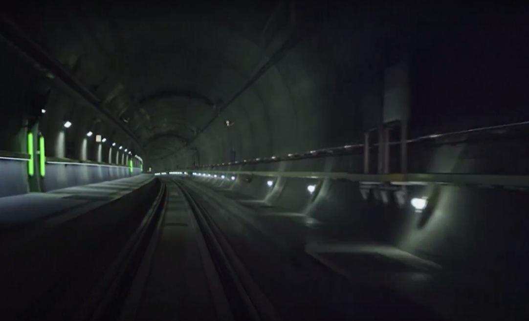 tunel mais longo do mundo suica 5