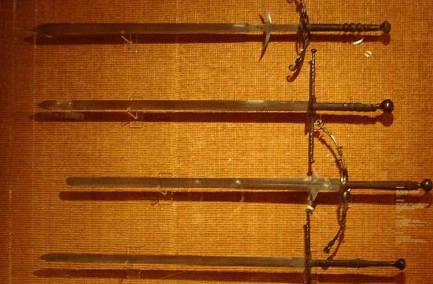 espadas (2)