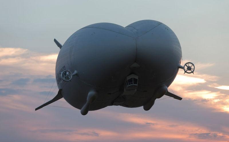 maior-aeronave-do-mundo-voa-1