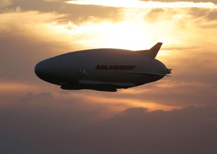 maior-aeronave-do-mundo-voa-4