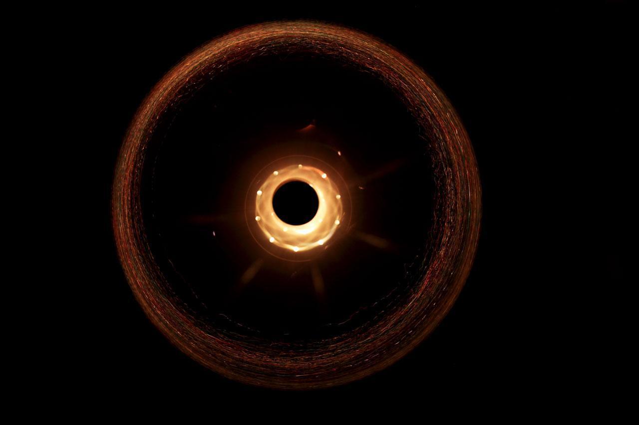 Resultado de imagem para Buraco negro Fotos