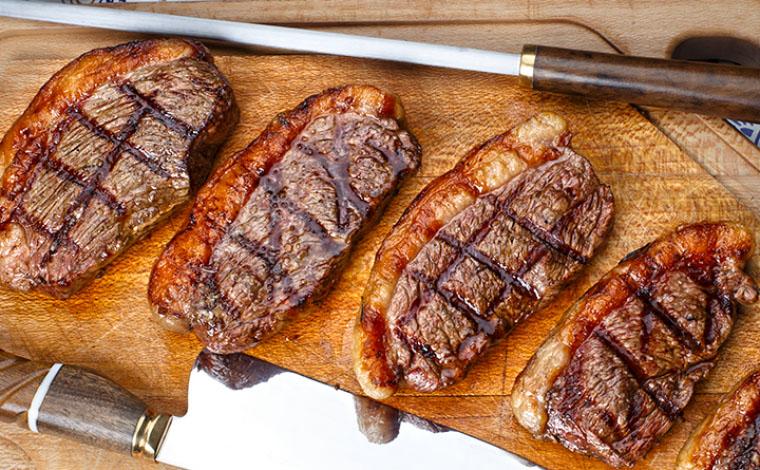Revisão sistemática de estudos conclui que carne vermelha não faz mal para a saúde