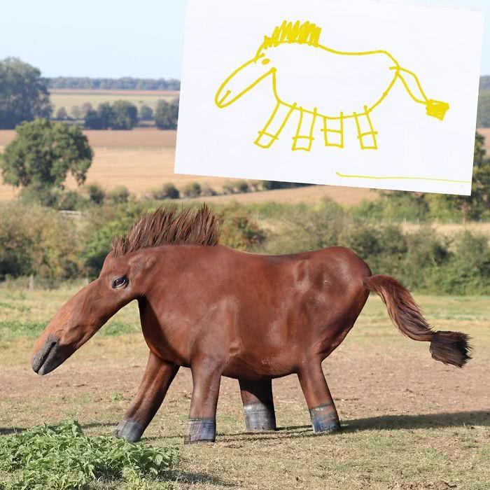 Cavalo desenhado por uma criança e transformado em realidade por photoshop