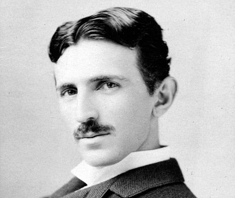 Nikola Tesla, empresário elétrico, por volta de 1893