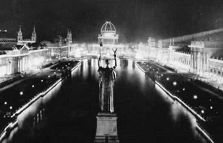 Luzes elétricas AC de Nikola Tesla iluminaram a noite na Feira Mundial de Chicago